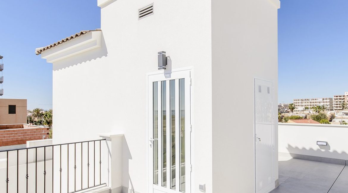 New Build 3 Bedrooms Villas with Basement For Sale in Cabo Cervera - Torrevieja (9)