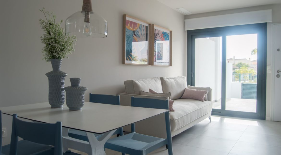 2 Bedrooms Bungalow with Private Solarium For Sale in Mil Palmeras (20)
