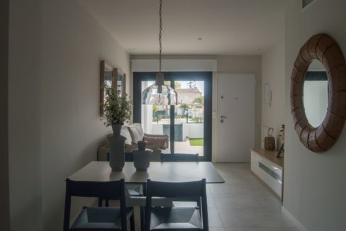 2 Bedrooms Bungalow with Private Solarium For Sale in Mil Palmeras