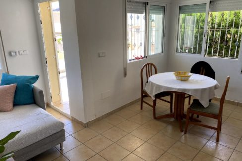 3 Bedrooms Villa with Garden and Communal Pool For Sale in Torre del Moro- Torrevieja