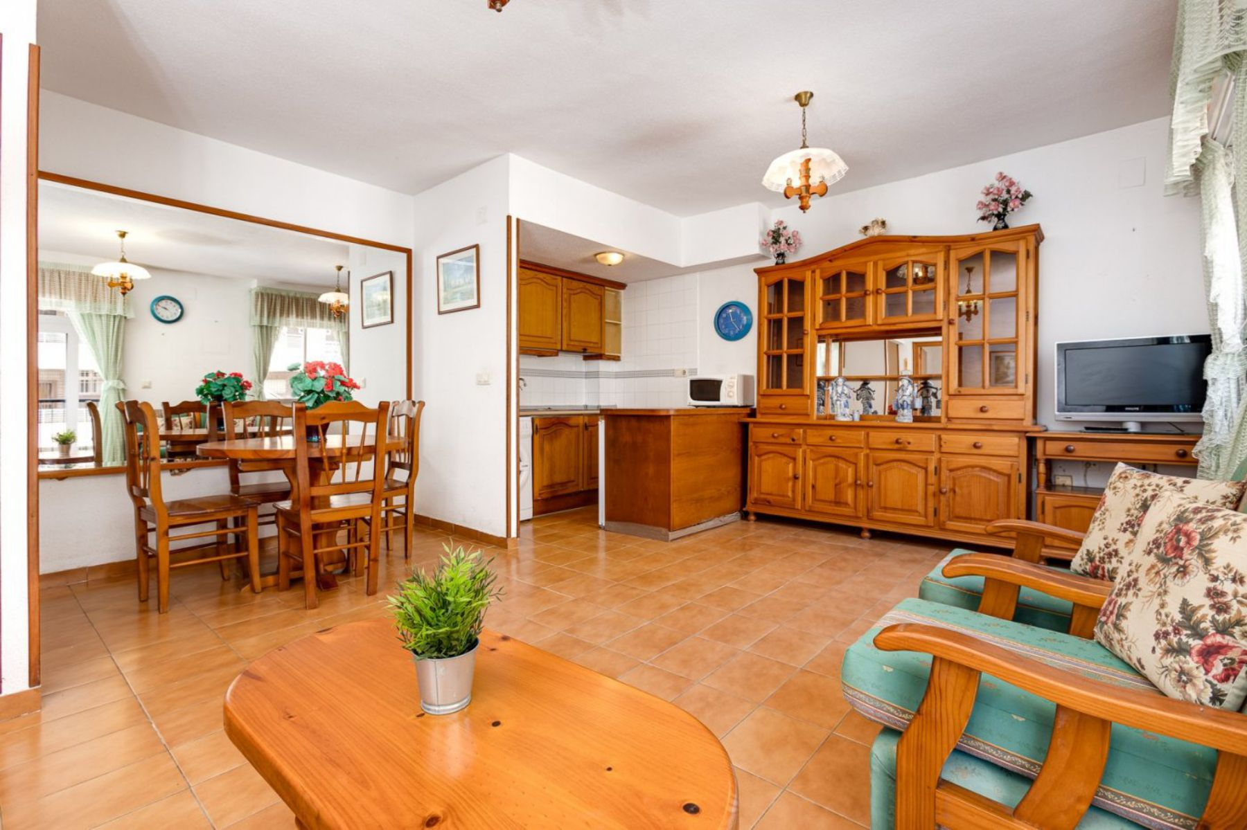 One Bedroom Apartment with Lateral Sea Views and Just 50 meters from The Beach For Sale