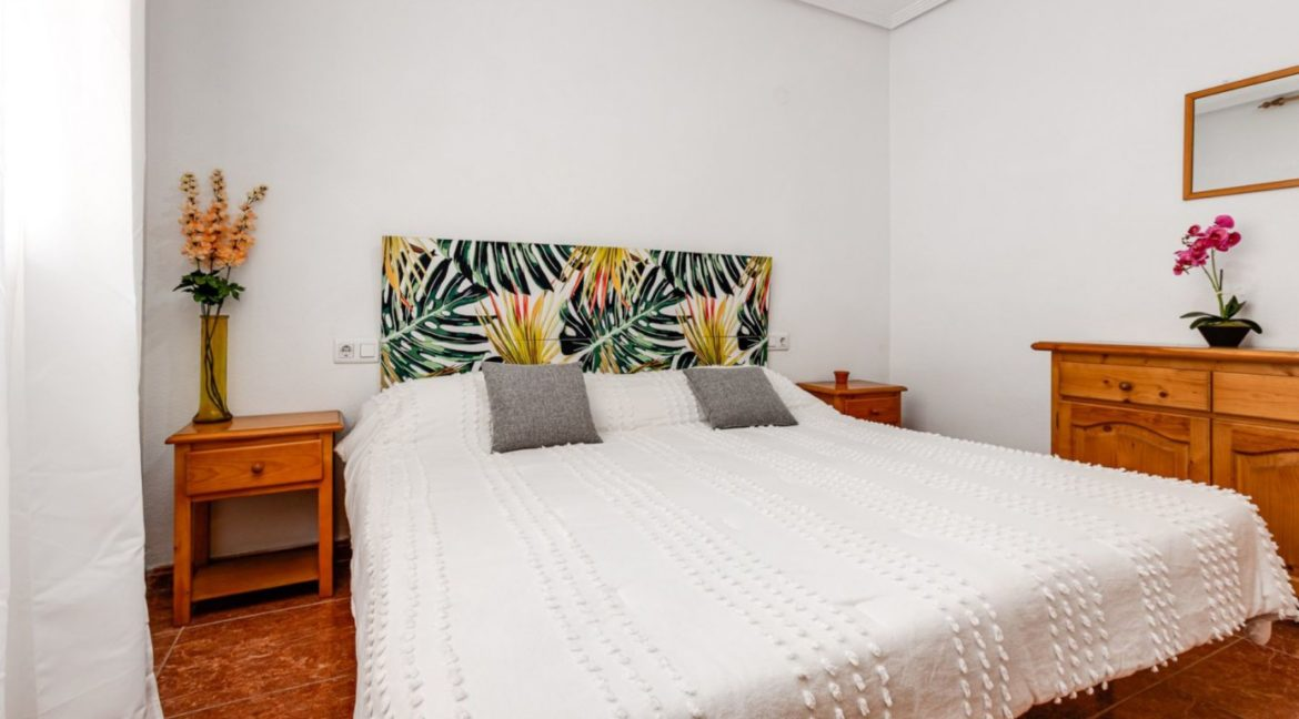 1 Bedroom Renovated Apartment close to the Beach - Torrevieja (12)