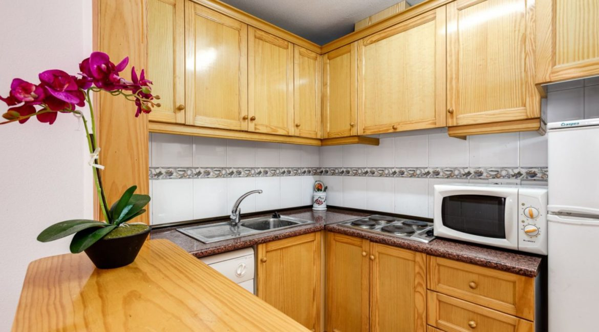 1 Bedroom Renovated Apartment close to the Beach - Torrevieja (9)