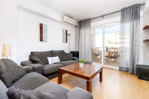 3 Bedrooms Apartment For Sale Just 200 meters from El Cura Beach - Torrevieja