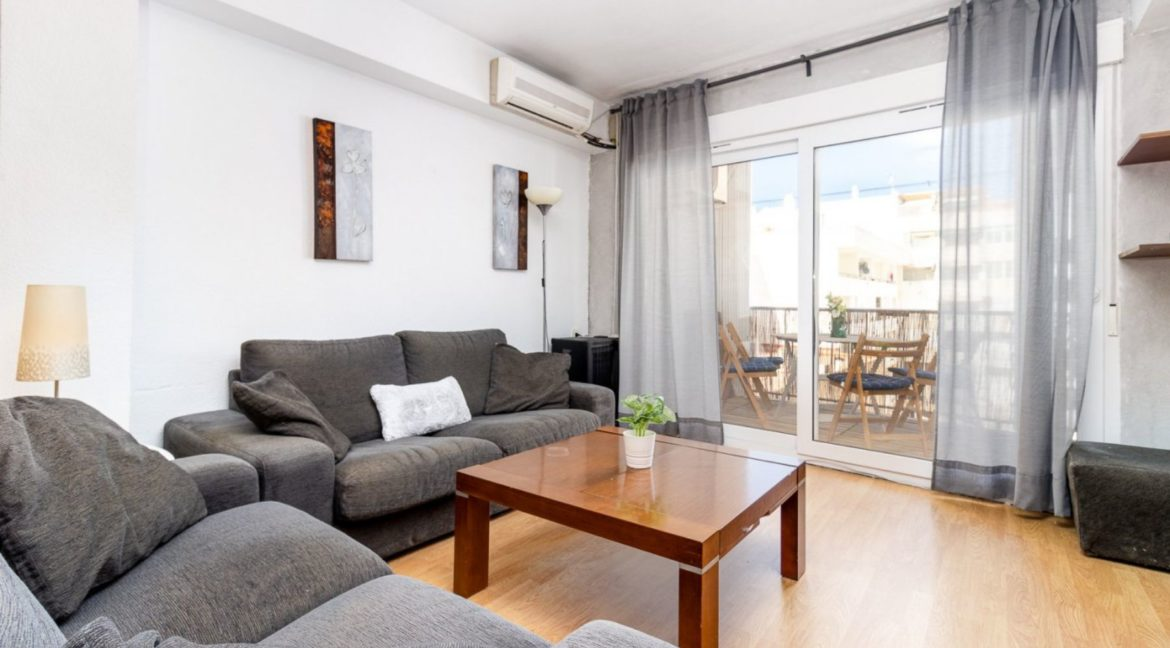 3 Bedrooms Apartment For Sale Just 200 meters from El Cura Beach - Torrevieja (13)