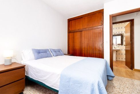 3 Bedrooms Apartment For Sale Just 200 meters from El Cura Beach - Torrevieja (17)