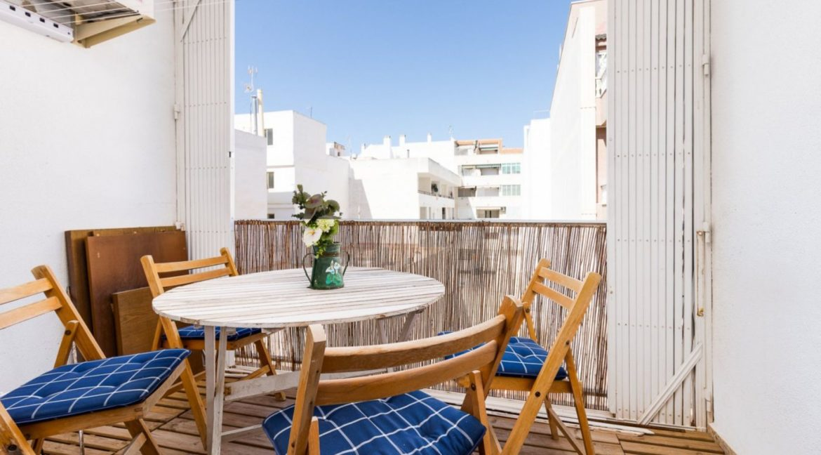 3 Bedrooms Apartment For Sale Just 200 meters from El Cura Beach - Torrevieja (4)