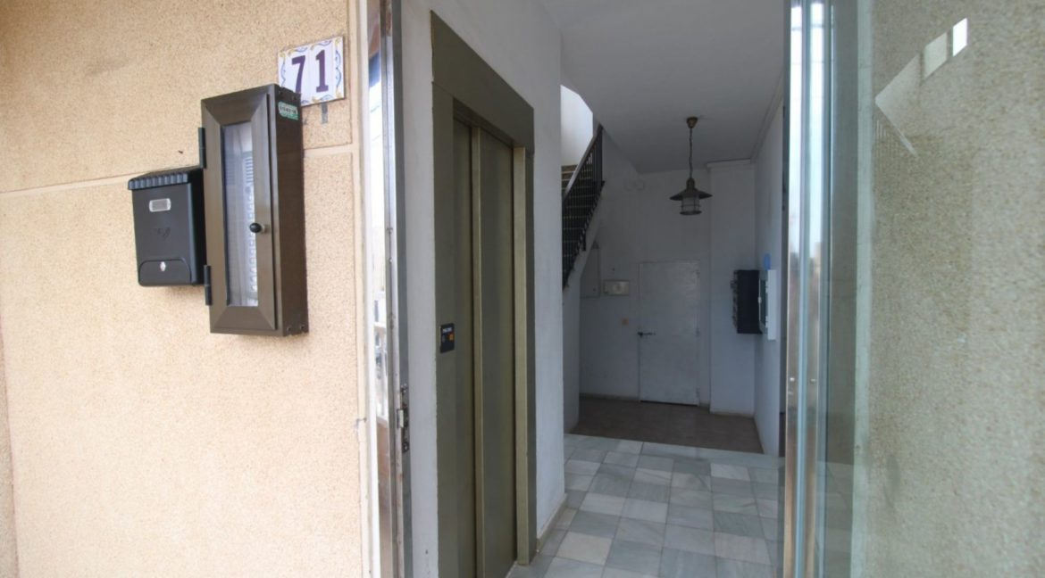 2 Bedrooms Apartment with Big Terraza and Just 100 Meters from The Mata Beach (16)