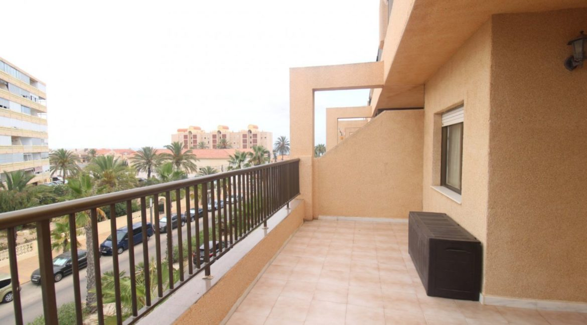 2 Bedrooms Apartment with Big Terraza and Just 100 Meters from The Mata Beach (17)