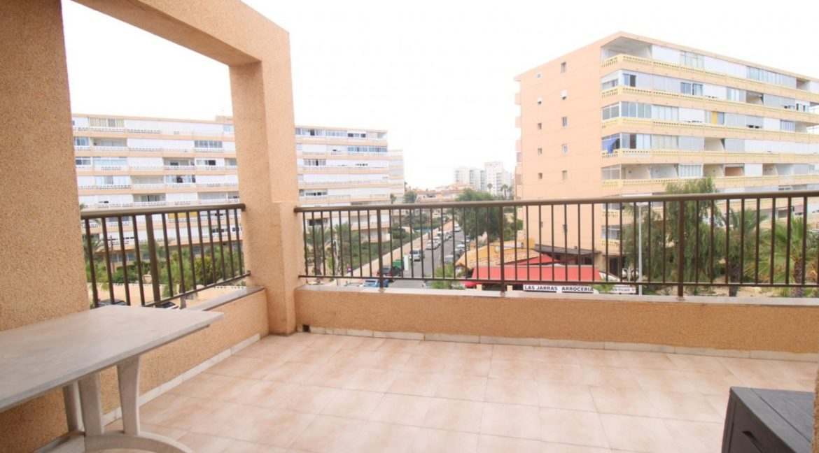 2 Bedrooms Apartment with Big Terraza and Just 100 Meters from The Mata Beach (3)