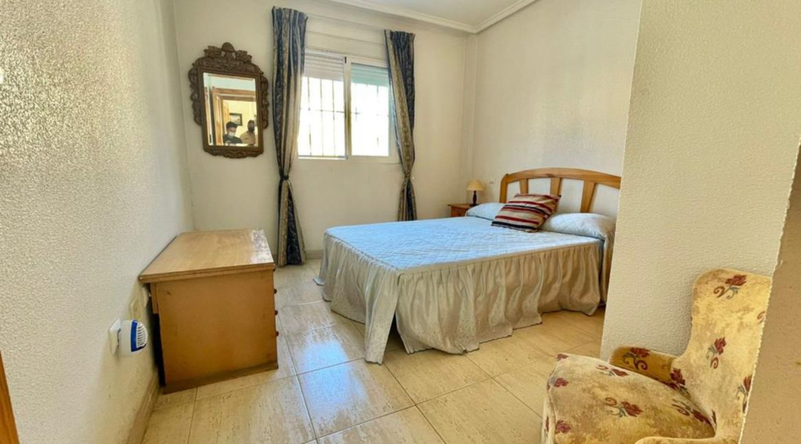 2 Bedrooms Ground Floor Bungalow with Swimming Pool - Torrevieja (12)