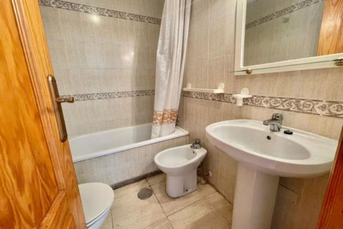 2 Bedrooms Ground Floor Bungalow with Swimming Pool - Torrevieja