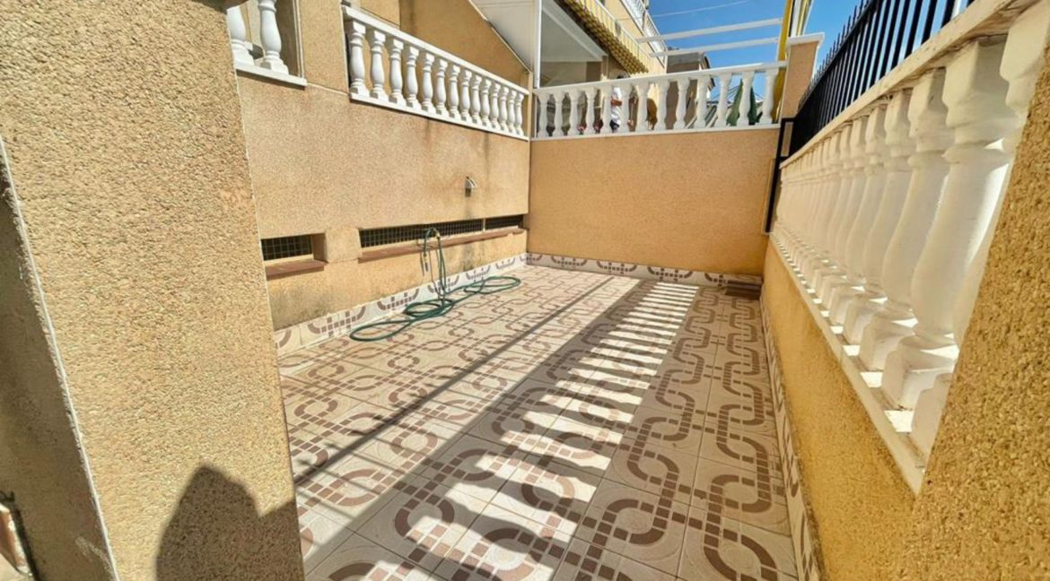 2 Bedrooms Ground Floor Bungalow with Swimming Pool - Torrevieja (20)