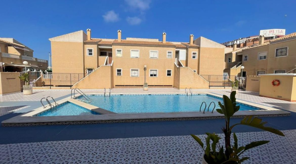 2 Bedrooms Ground Floor Bungalow with Swimming Pool - Torrevieja (24)