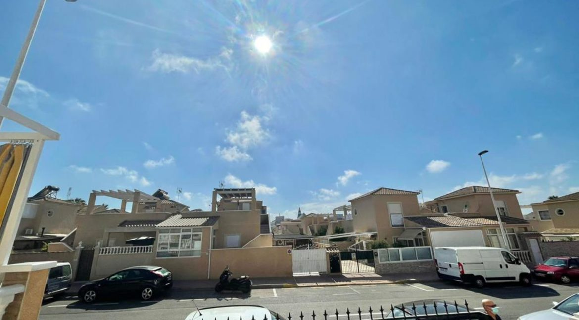 2 Bedrooms Ground Floor Bungalow with Swimming Pool - Torrevieja (29)