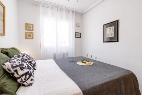 2 Bedrooms Upstairs Bungalow with Pool For Sale in Torrevieja (17)