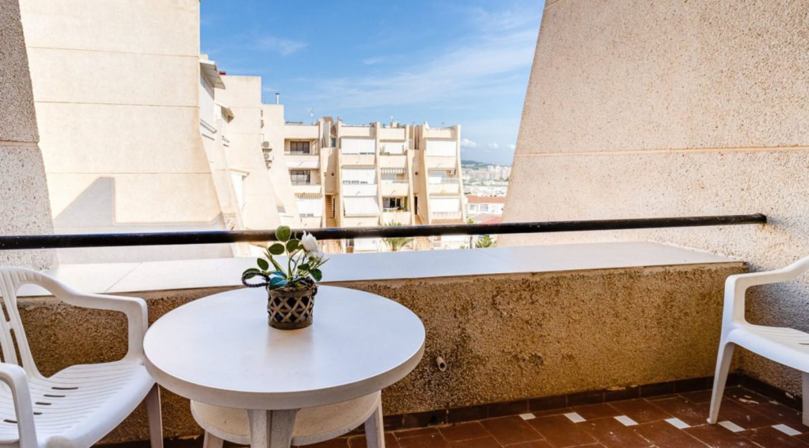 2 Bedrooms and 2 Bathrooms Apartment For Sale with Sea View in Torrevieja (10)