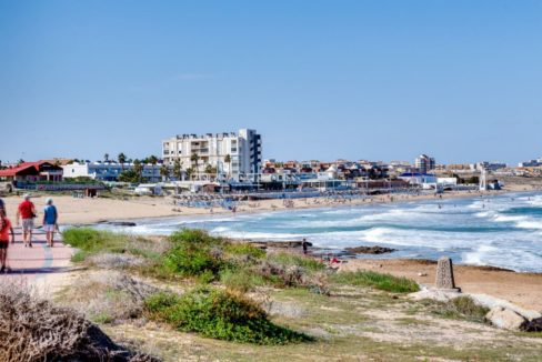 2 Bedrooms and 2 Bathrooms Apartment For Sale with Sea View in Torrevieja
