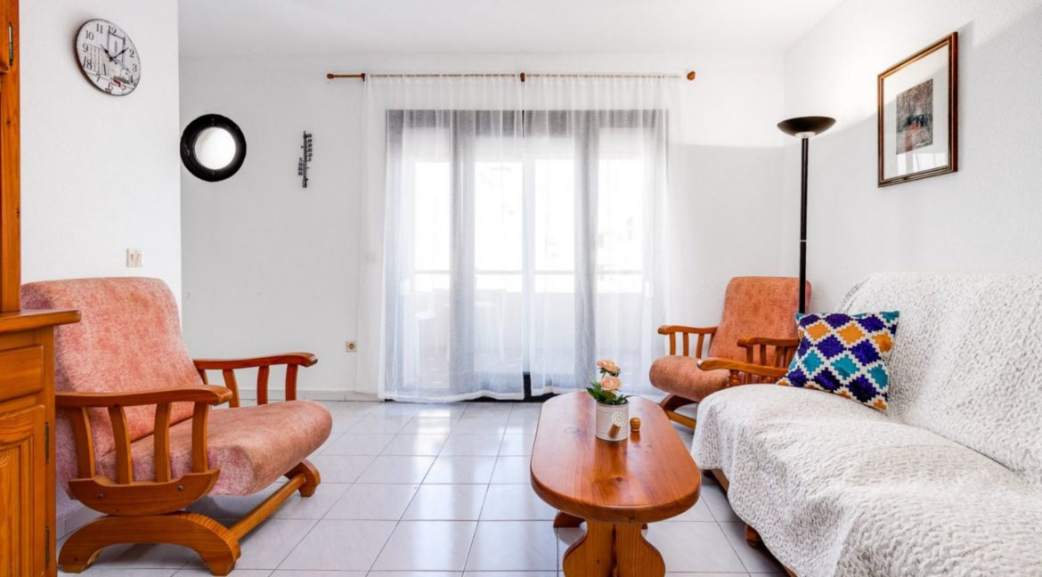 2 Bedrooms and 2 Bathrooms Apartment For Sale with Sea View in Torrevieja (29)