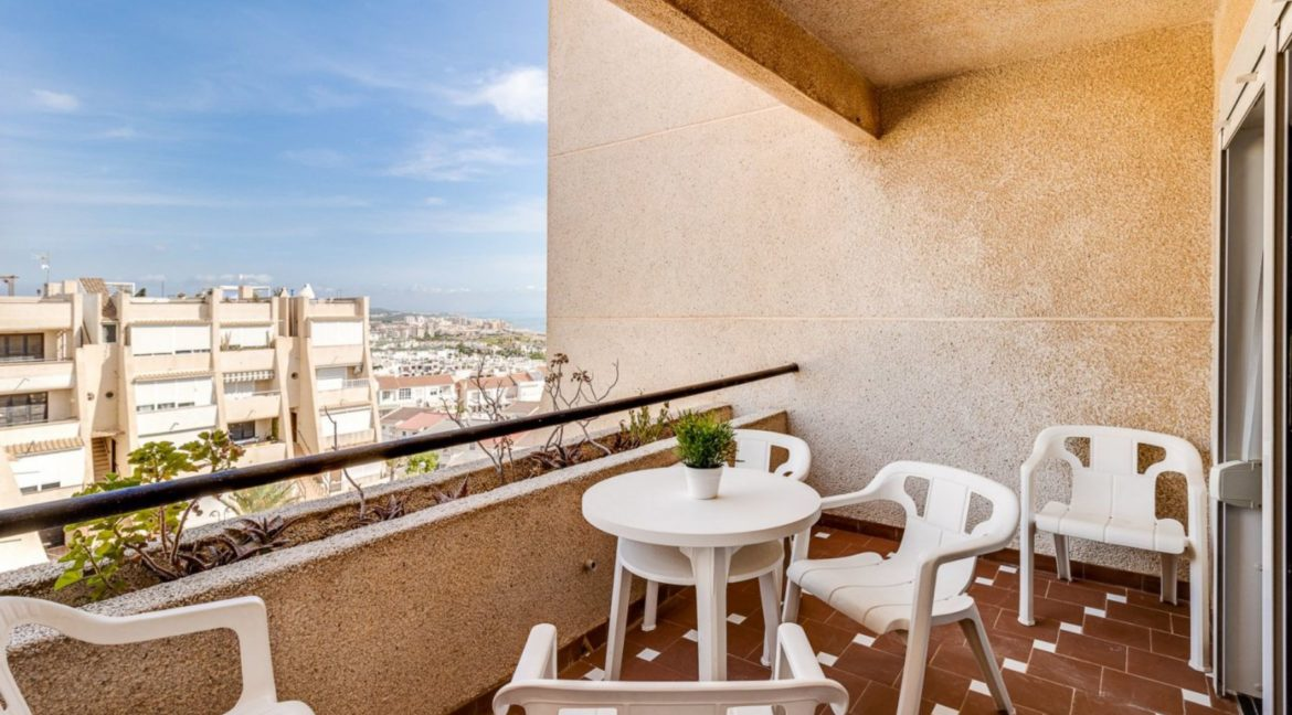2 Bedrooms and 2 Bathrooms Apartment For Sale with Sea View in Torrevieja (36)