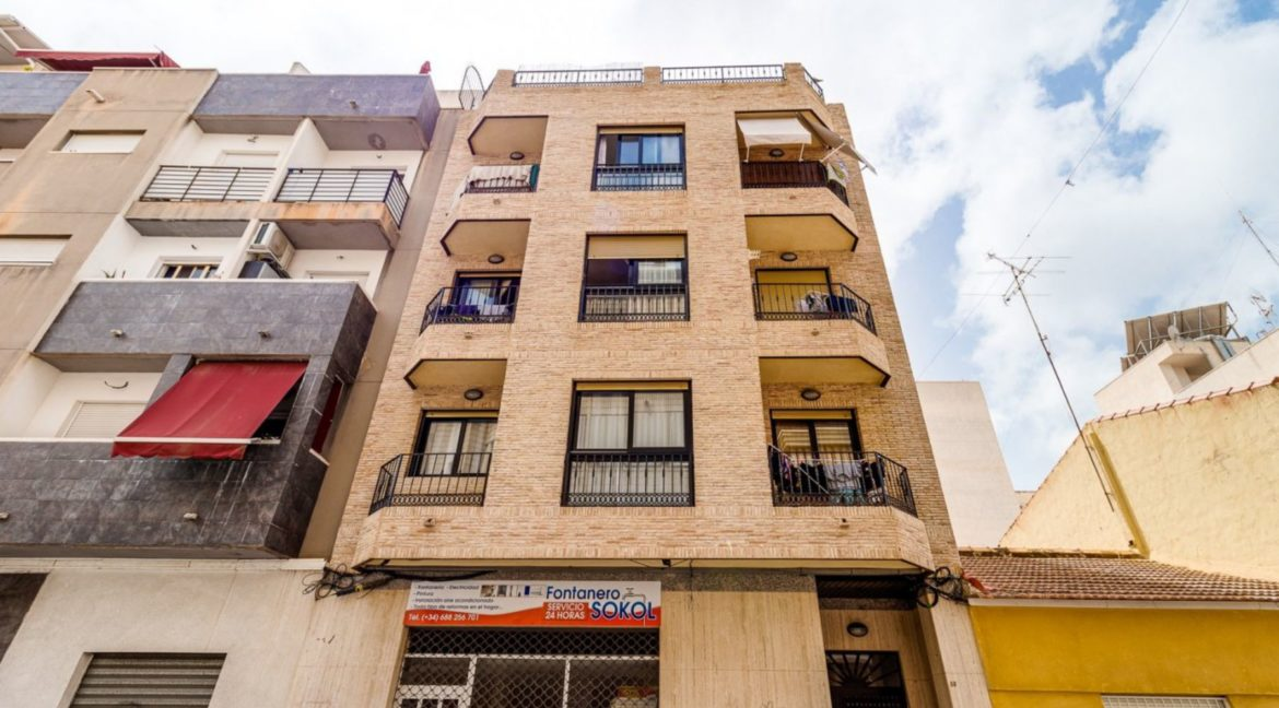 3 Bedrooms Apartment For Sale Close to the Services in Torrevieja (29)