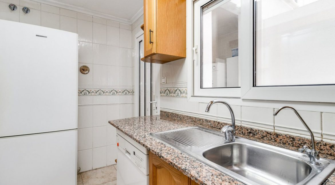 3 Bedrooms Apartment For Sale Close to the Services in Torrevieja (9)