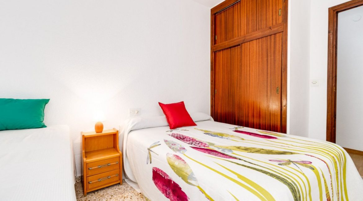 3 Bedrooms Apartment Just 200 Meters from The Beach and Sea Views (22)