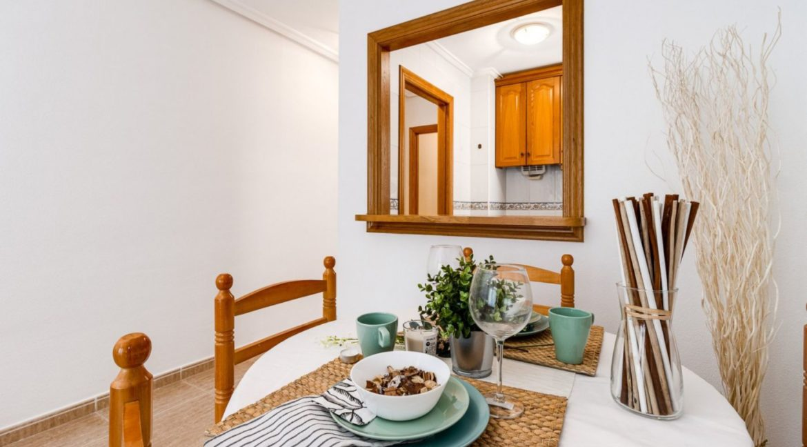 2 Bedrooms Apartment Just 200 meters from Los Locos Beach For Sale - Torrevieja (12)