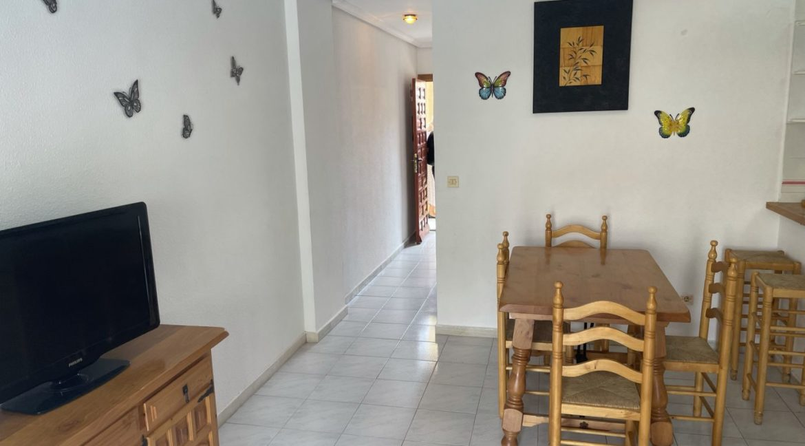 2 Bedrooms Apartment Overlooking the Pool For Sale in La Mata (11)