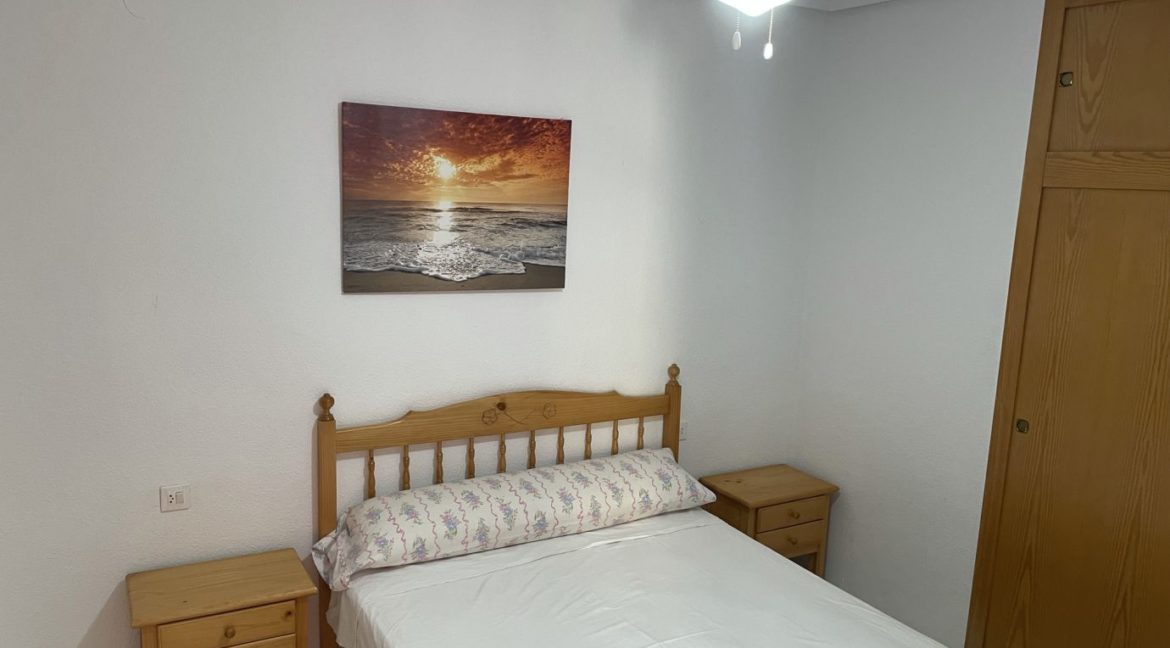 2 Bedrooms Apartment Overlooking the Pool For Sale in La Mata (16)