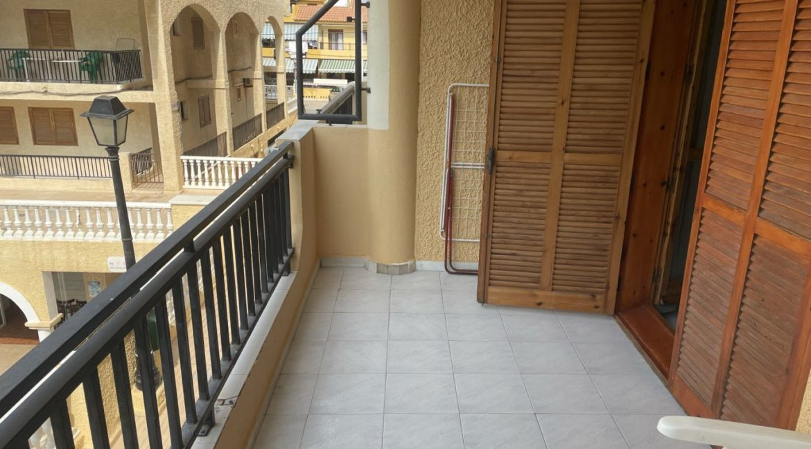 2 Bedrooms Apartment Overlooking the Pool For Sale in La Mata (4)