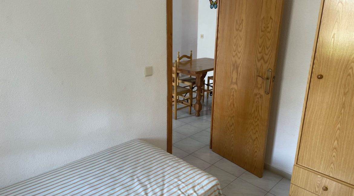 2 Bedrooms Apartment Overlooking the Pool For Sale in La Mata (7)