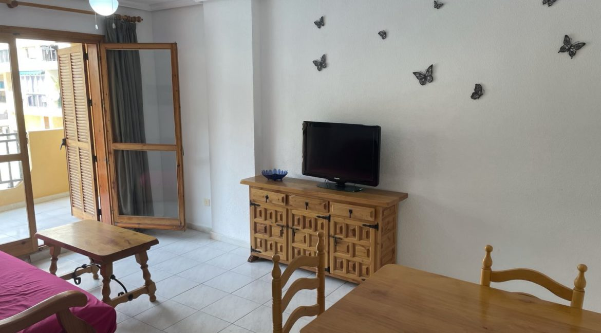 2 Bedrooms Apartment Overlooking the Pool For Sale in La Mata (9)