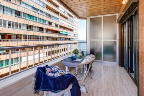 3 Bedrooms Apartment For Sale on The beachfront in Torrevieja (14)