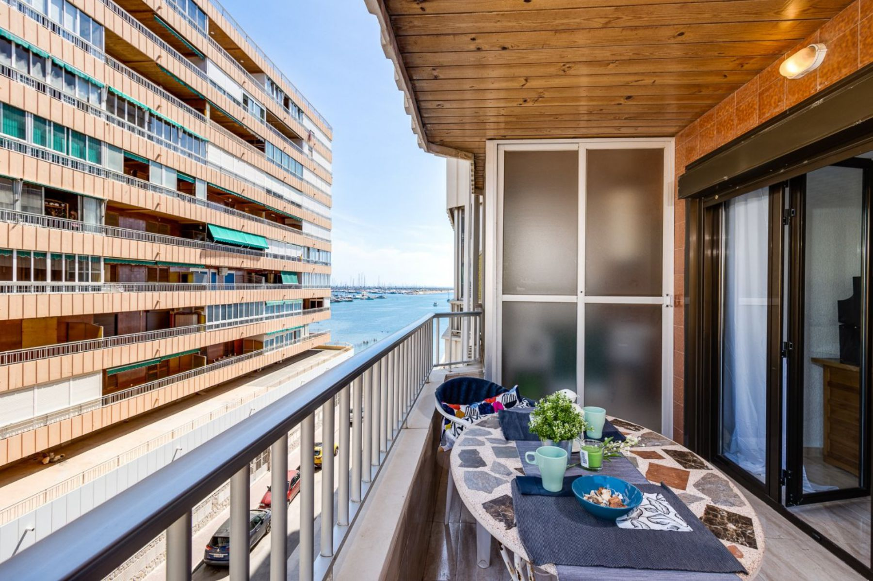 3 Bedrooms Apartment For Sale on The beachfront in Torrevieja
